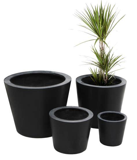 cache pots polystone ronds noir moyen hauteur 35 cm diam 232 tre 40 cm 59 99