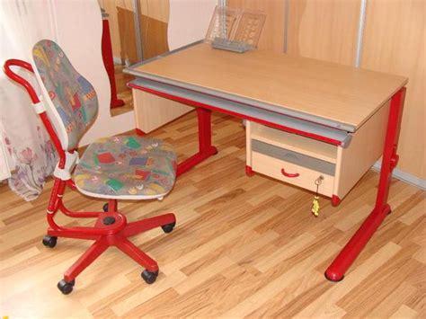 schreibtisch kinder moll moll kinderschreibtisch schreibtisch stuhl in rot in