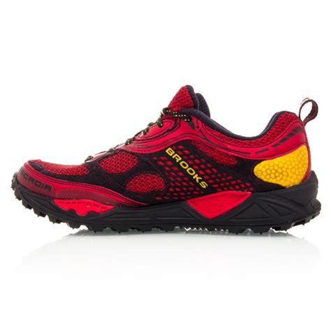 trail running shoes discount cascadia 6 mens trail running shoes yellow