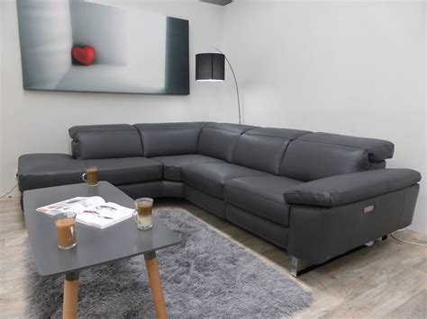 Natuzzi Editions Daytona Anthracite Leather Power Natuzzi Leather Reclining Sofa