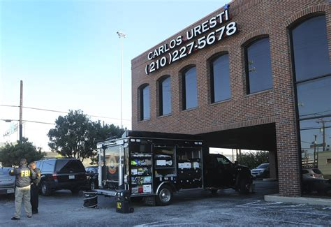 Irs San Antonio Office by Fbi Irs Raid Democratic Sen Uresti S San Antonio