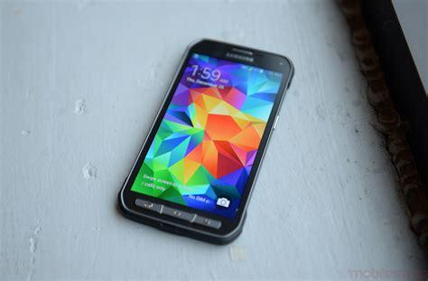 rugged smartphone canada rugged smartphone shootout samsung galaxy s5 active vs kyocera duraforce vs sonim xp7