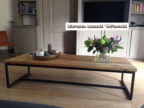 oude industriele salontafel industriele stalen salontafel met blad van oude eiken