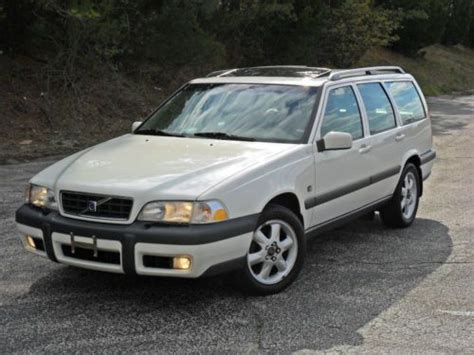 how things work cars 2003 volvo v70 seat position control buy used 2003 volvo v70 awd wagon 4 door 2 5l in hillside new jersey united states for us