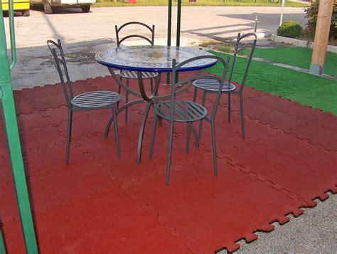 pavimento per gazebo pavimento per gazebo antiscivolo e drenanti codex srl