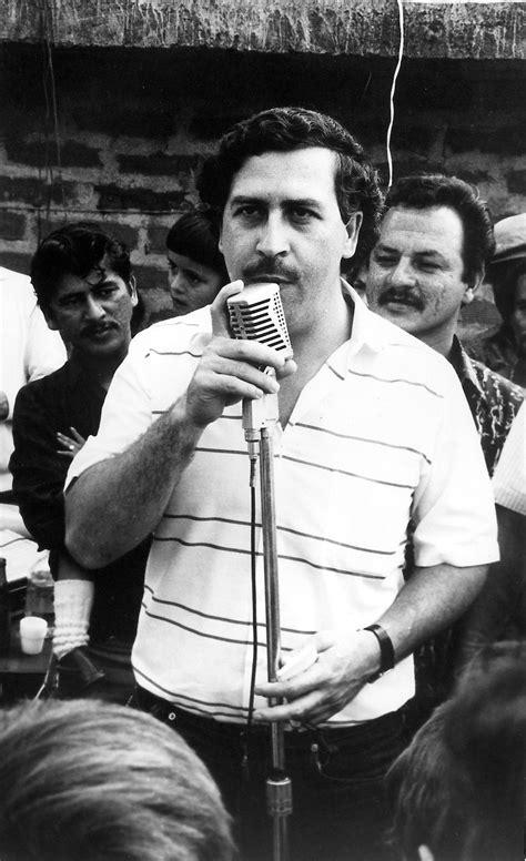 Pablo Escobar | Pablo emilio escobar, Escobar gaviria