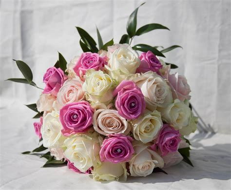 Engagement Flower Bouquet by Two Colors Pink White Wedding Bouquets Bridal Bouquets