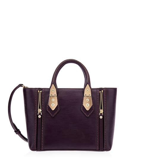 mini bag fall trend cynthia hudson style