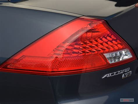 2007 honda accord tail light 2007 honda accord coupe pictures photos gallery