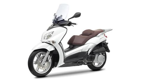city   scooter yamaha motor italia