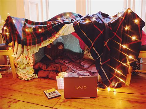 how to build a den in your bedroom a night in 183 elevatormusik
