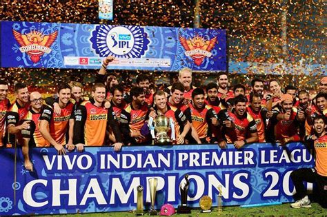 ipl 2016 images srh clinch a narrow victory while gayle and kohli