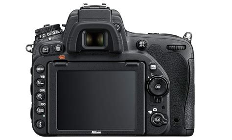 nikon      main differences