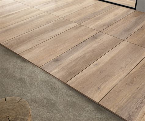 außenfliesen kaufen terrassenplatten holzoptik kastanie gro 223 format 40x120x2cm