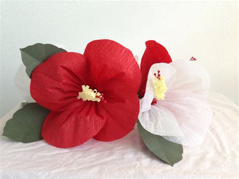 Origami Hibiscus Flower - hibiscus paper flower centerpiece by pastelpinata on etsy