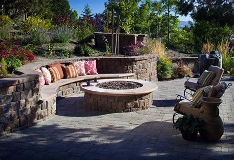year ideas for outdoor fireplaces and pits