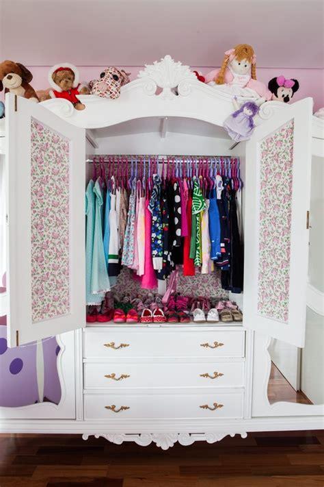 um armario a forma de um 8 dicas para organizar o guarda roupa agora casa e