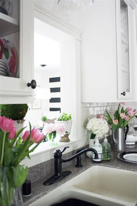 inspiring spring kitchen decor ideas digsdigs
