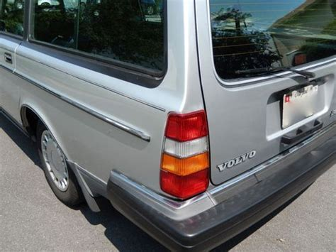 purchase  immaculate  volvo  wagon  miles  rockville maryland united states