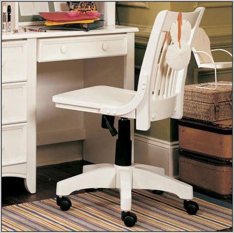 White Wooden Swivel Desk Chair Desk Home Design Ideas Wooden White Desk Chair