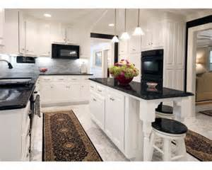 Dark And White Kitchen Cabinets k 252 chentrends 2014 elegante designs aus granit und quartz