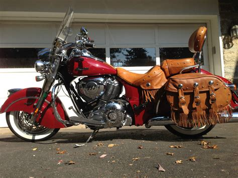 2014 INDIAN CHIEF VINTAGE MOTORCYCLE. MINT CONDITION
