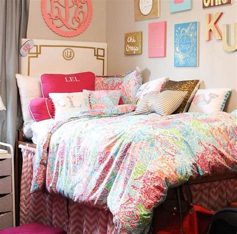 preppy bedrooms 7636 best images about dorm room trends on pinterest