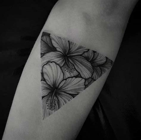 46 fantastic forearm tattoos for women with style