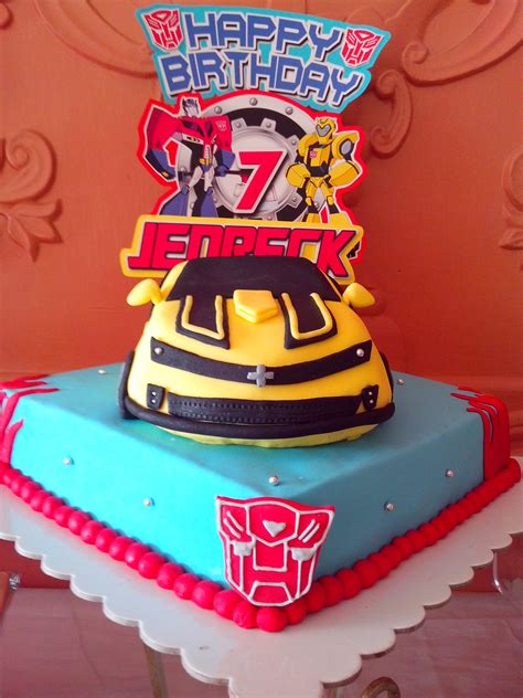 Giveaways For 7th Birthday Boy - this gorgeous transformers bumblebee birthday cake was created for a little boys 7th