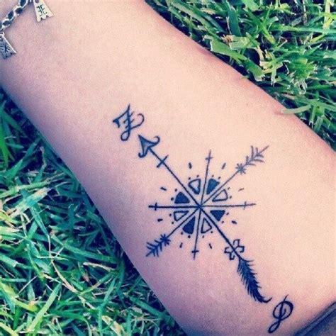 imagenes de tatuajes de letras musicales dise 241 os de tatuajes de letras musicales en blanco y negro