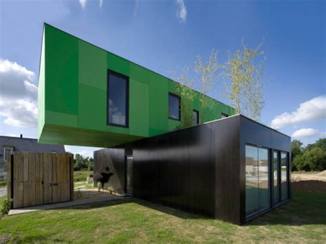 11 homes made from shipping containers