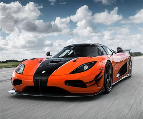 custom koenigsegg how to ruin a koenigsegg agera rs 95 octane