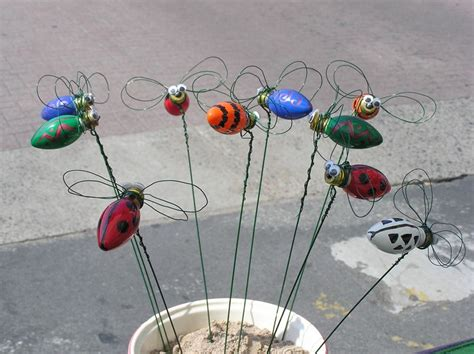 what to do with old christmas lights 1000 images about recycle old christmas bulbs on