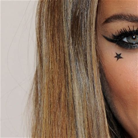 star tattoo meaning under eye celebrities with star tattoos 2010 09 30 07 00 00