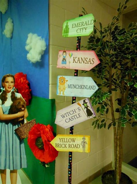 wizard of oz home decor 7 best wizard of oz homecoming hall images on pinterest