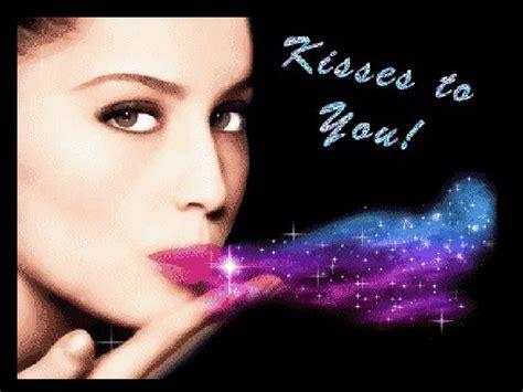besos besos kisses besos kisses bisous