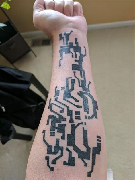 mirrors edge tattoo top 25 ideas about awesome tattoos on