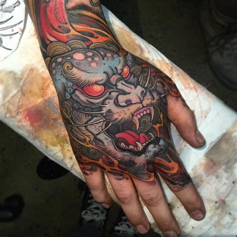 tattoo dragon on hand demon japanese tattoo on hand hand tattoo pinterest