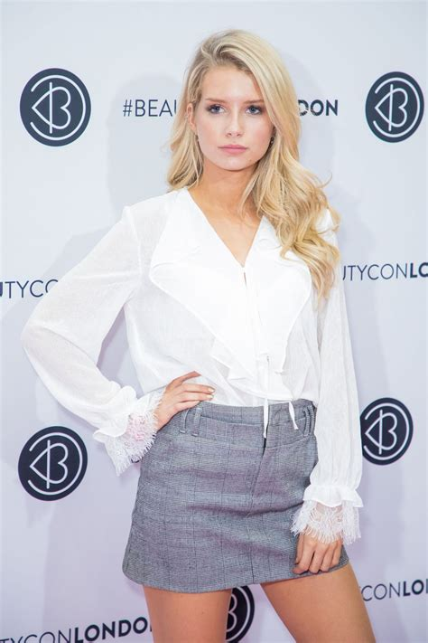 lotte moss lottie moss at beautycon arrivals london uk celebzz