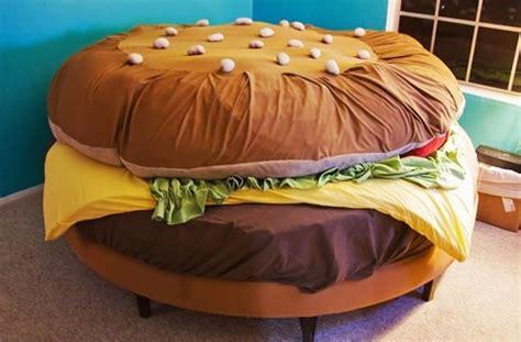 letto hamburger i letti pi 249 strani mondo