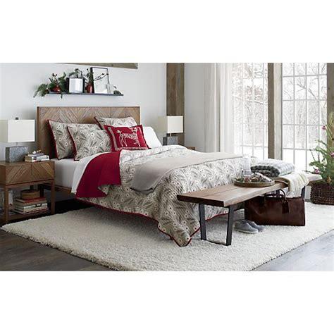 crate and barrell bench best 25 queen beds ideas on pinterest queen platform