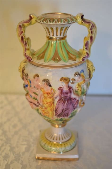 capodimonte vase capodimonte large vase shop collectibles daily