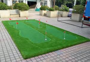 Put Grass In Backyard 25 Golf Backyard Putting Green Ideas Designing Idea