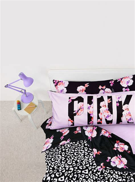 pajamas bedding flowers girly bedding kawaii home pajamas pink flowers black pillow bedsheets bedding