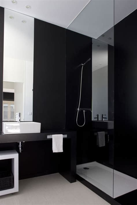 stylish black bathroom design with simply shower room