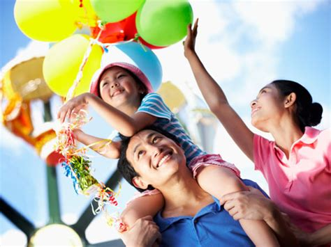 theme park for toddlers what should you consider before booking a theme park for