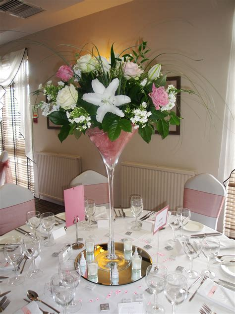 glass table decoration ideas martini glass wedding table decorations search