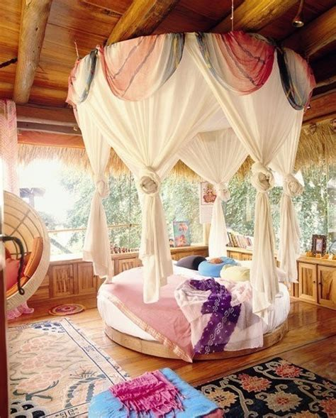 a lovely romantic bedroom with gypsy boho flair beautiful bedroom bohemian cute pastel image 454599