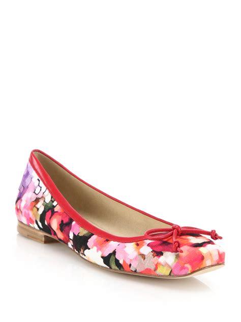 floral print flat shoes stuart weitzman shoestring floral print ballet flats lyst
