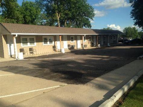 deluxe motel hotel 101 j st in neligh ne tips and